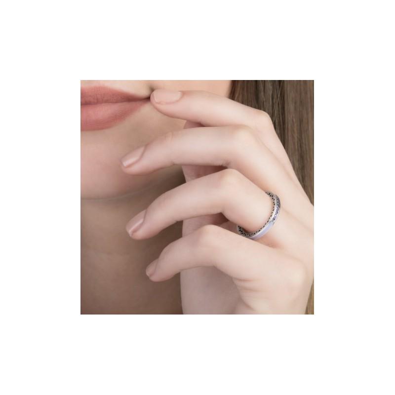 anillo pandora morado