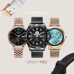 La nueva colección de SmartPro Viceroy, con caja de acero de alta tecnología, viene con 5 nuevos modelos de mujer y 3 nuevos modelos de hombre. ¡Descúbrelos! ________________________________ • Recibe las notificaciones del teléfono que tu elijas en el smartwatch. • Monitoriza tu actividad diaria con el contador de pasos, de distancia recorrida y el medidor de calorías consumidas. • Control total de salud con los medidores de presión arterial, pulsaciones, oxígeno en sangre, sedentarismo y electrocardiograma. • Gestión y monitorización de distintos modos deportivos (fútbol, tenis, baloncesto, etc.). • Otras funciones como calculadora, alarma, cronógrafo o localizador de teléfono. _________________________________ #reloj #relojviceroy #smartwatch #relojinteligente #viceroy #viceroysmartpro #smartpro #style #lugo #joyeriaonix #joyerialugo